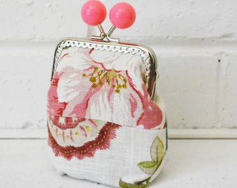 Pink Large Wide-base Kisslock Coin Purse Card holder handmade with floral patchwork. Upcycled. One of a kind.