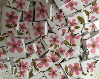 100 Mosaic Tiles Mix Broken Plate Art Hand Cut Supply Chintz Tiles Retro Flower Pink Vintage pieces