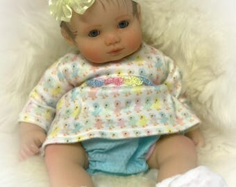 "Doll clothes for a 15"" baby doll 4 pc"