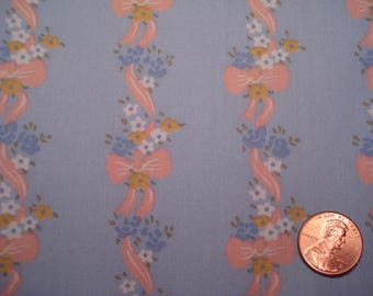 Quarter yard VINTAGE fabric  *tiny pink bows* doll dress sewing quilting TINY FLOWERS