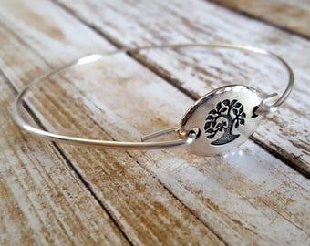SALEl - SIZE 7 - Tree Of Life Bangle Bracelet, Stackable Bracelet, Bridesmaid Gift, Yoga Style, Yoga Jewelry, Stackable Jewelry, Bangle
