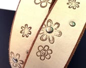 Cream Flower Leather Dog Collar, Custom Size To Fit Your Dog, EcoFriendly Leather Collar, Seattle Handmade, OOAK