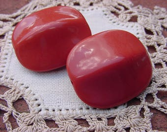 Sienna Glossy XLG Tapered Vintage Lucite Beads