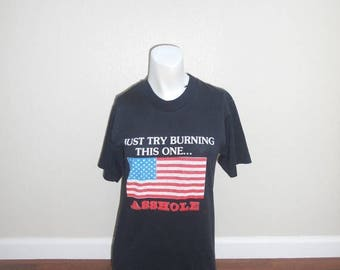 Vintage 90's 80's  tee t shirt funny flag black blk