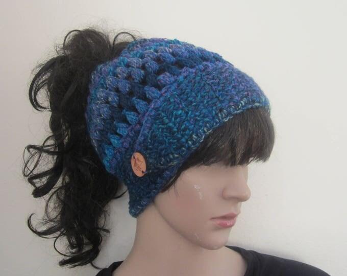messy bun beanie/MESSY BUN HAT/ponytail beanie/crochet hat/bun beanie/bun hat/ponytail hat/woman headband/hair accessory/Man bun/Kelly green