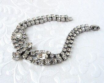Classic 1950's Vintage Oval Rhinestone Bracelet Bridal Evening Formal Wedding Pageant Ballroom Prom Cocktail Party Costume Jewelry 7 inch
