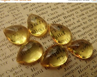 SALE 30% Off Jonquille Yellow 15x11mm Vintage Bombe Pear Glass Cabochons 6 Pcs