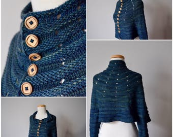 Lenticular Sweater Cardigan Jacket in Magpie Blue-Black Wool with Wooden Buttons. Futurist Fashion, Solarpunk, Experimental Art Knit Cardi