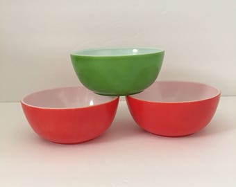 Trio Platonite Bowls in Holiday Colors Red and Green Small Snack Bowls Chip and Dip