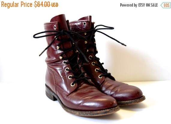 SUMMER SALE / 20% off Vintage 80s Eggplant Leather Lace Up Justin Boots (size 5.5)