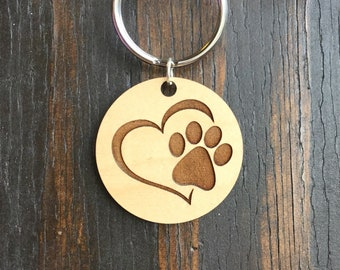 Loving pet pawprint pendant keychain