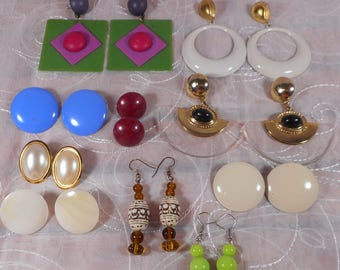 Huge Lot of Vintage Mixed Lot for Pierced Earrings, Retro Chic Earrings,Huge Lot of Vintage Jewelry