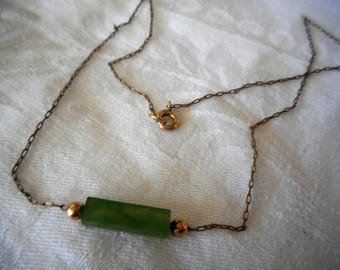 VINTAGE Jade Green Glass Bar Gold Chain Costume Jewelry Necklace