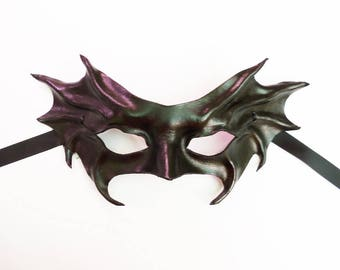 Black Bat Wings Leather Mask by Teonova entirely handcrafted very lightweight and easy to wear Masquerade costume Gothic Halloween