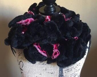 Crocheted Faux Fur Scarf, Faux Fur Black/Dark Pink Scarf