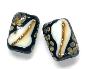 ON SALE 35% OFF Glass Lampwork Bead Sets - Six Black/Ivory & Beige Dots Mini Kalera Beads 11105003