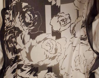 JEAN Louis SCHERRER SCARF cotton large stunning Roses bouquet black and white and gray app 53 x 55 inches great condition