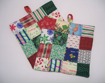 Christmas Pot Holders, Patchwork, Set of 2, Insulated Potholders, Red and Green Fabric Potholders, Trivets, Hot Pads