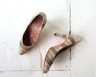20% off sale Tussah Silk Shoes | Vintage 70s Heels | Gold Pumps | Size 6