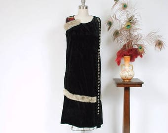 50% CLEARANCE Vintage 1920s Dress - Unique Sleeveless Cotton Velveteen 20s Dress With Rabbit Fur Trim, Numerous Buttons and Detailed Embroid