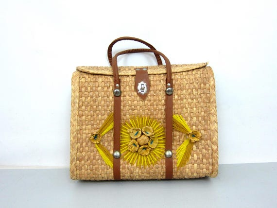 70s Tourist Bag Mexican Woven Wicker Straw Purse Beach Tote Farmers Market Bag Floral Yarn Flower Bag Hippie Boho Sewing Craft Tote Bag