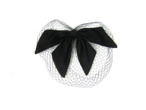 Large Black Bow Netted Hat Vintage Fascinator Cap 1950s Fashion Hat Mid Century Mad Men Costume Hair Comb Hat with Net