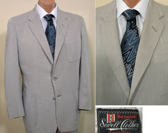Early 1950s Vintage Grey Gab Suit with Patch Pockets  SZ 40