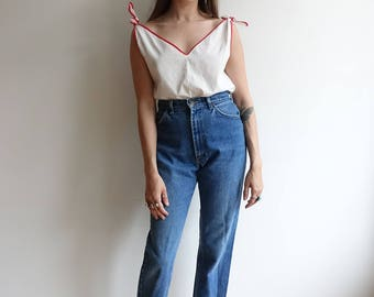 Vintage 80s Lee Denim/ High Waisted Jeans/ Raw Hem/ Straight Leg/Size 27 28