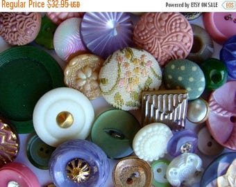 ONSALE Antique Buttons Vintage Glass Buttons Rhinestone Buttons 3 Dozen Plus Lavender and Rose Wedding Collection 044