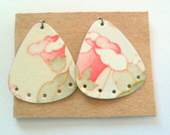 Upcycled Vintage Bath Tin Earring Findings Pair