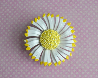 Vintage Enamel Daisy Brooch Pin Yellow & White