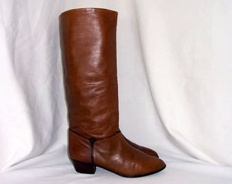 Sz 10 Vintage tall brown leather 1980s Peter Kaiser Women stack heel walking  boots.