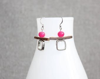 boucles d'oreilles, inutchuk, rose, pink, bois, wood, totem, inuit, géométrique, art à porter,bijoux mode, Boucles d'oreille ado, earring,