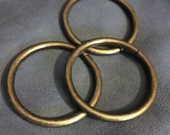 1.5 o ring antique brass. 38 mm Oring 1.5 inch set of 10, 15 or 20. Purse supply, purse strap rings