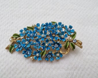 Weiss Forget me Not Flower blue enamel floral bouquet pearl & rhinestone gold tone BROOCH