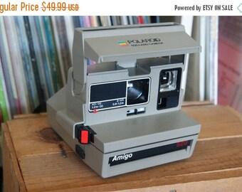 SALE 25% OFF 1980's Polaroid Amigo 620 Camera - Film-tested & Working