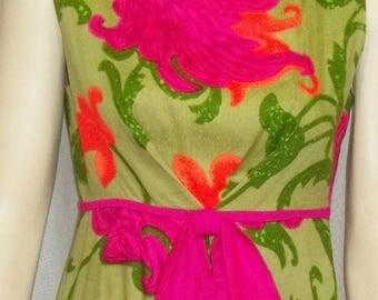 SUMMER SALE Vintage Hawaiian Top to Toe Hawaii Dress Mod Retro Small Medium Bright Barkcloth