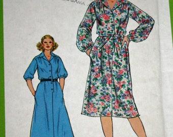Vintage 1970s Sewing Pattern, Simplicity 8679, Misses' Dress and Tie Belt, Misses' Size 10, Estate Sale Find, UNCUT, FF