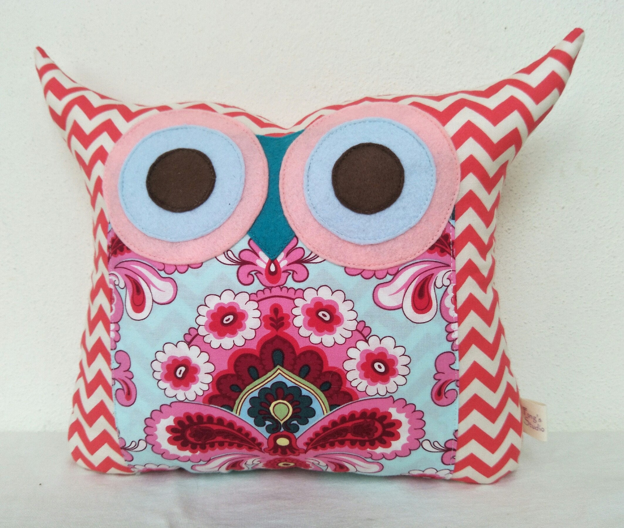 Discount 16% /pink owl pillow/ Amy Butler French Wallpaper out