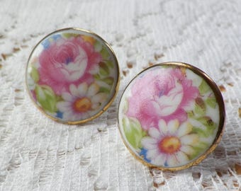Vintage Porcelain Floral / English Garden Screw Back Earrings, Pink Rose / Roses, White Daisy / Daisies, Round Disks, Flowers