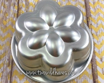"""STACKED FLOWER Bath Bomb Mold, Metal, 3.75""""x1.75"""""""