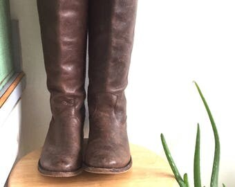 Tall Brown Leather Riding Boot  // Made in Mexico // Size 7 1/2 // Vintage