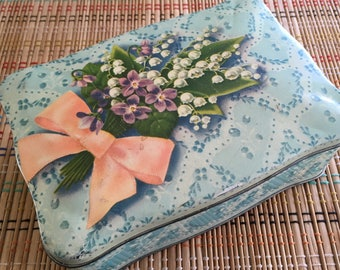 Lovely Floral Tin:  Vintage Bouquet, Lilies of the Valley, R