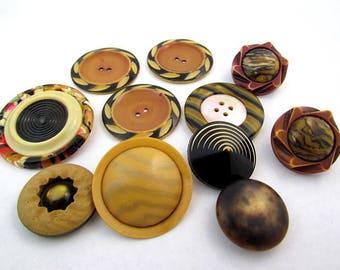 lot of 11 Vintage Celluloid & Plastic Buttons