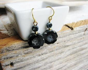 Blue and Black Czech Glass Earrings, Czech Glass Bead Earrings, Bead Earrings, Minimalist Earrings, Drop Earrings, Dangle Earrings