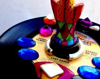 Bottle Stopper Art Donna Summer Last Dance Vinyl Record 1978 Disco Queen Handmad Wine Fuschia Blue Purple Orange Vintage Jewelry Crown Shape
