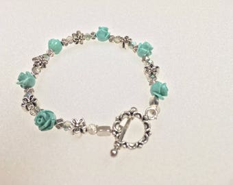 Womans Rose Bead Bracelet with Swarovsky Crystals