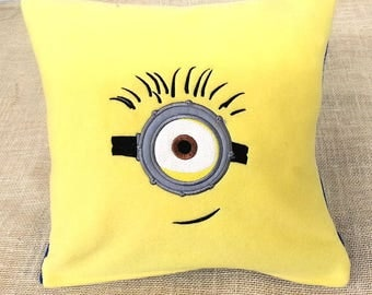 1 Eyed Minion Pillow Cover