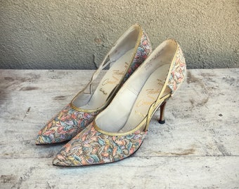 Vintage Size 8 AA (Narrow) Pointed Toe High Heel Shoes in Brocade, JC Penney's Fashion Footwear, Vintage High Heels, Holiday Shoes for Women