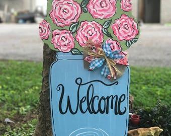 Mason Jar w/flowers Wood Door Hanger